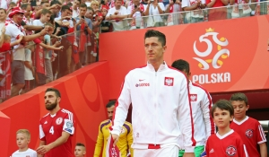 Lewandowski scores hat-trick in Poland win!